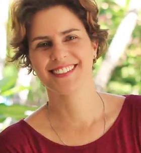 Larissa Bello